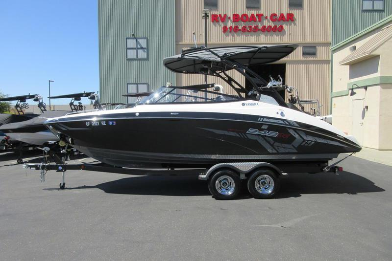 Phoenix Boats For Sale >> Sealistings The Best New And Used Boats For Sale